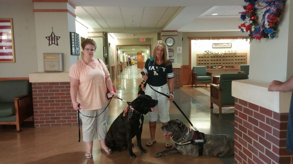 Me an mawmy at vetrans home with dozer an my special aunt jenn